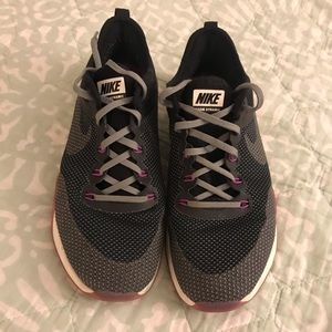 Nike Zoom Dynamic Sneakers